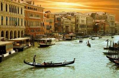 Venice-Grand-Canal-1400