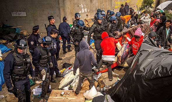 European-Union-creates-secret-plans-for-thousands-of-migrants-to-be-deported-360993