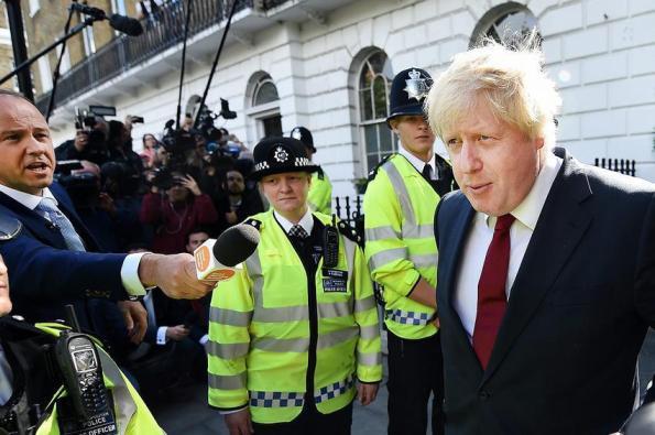 Boris-crowd